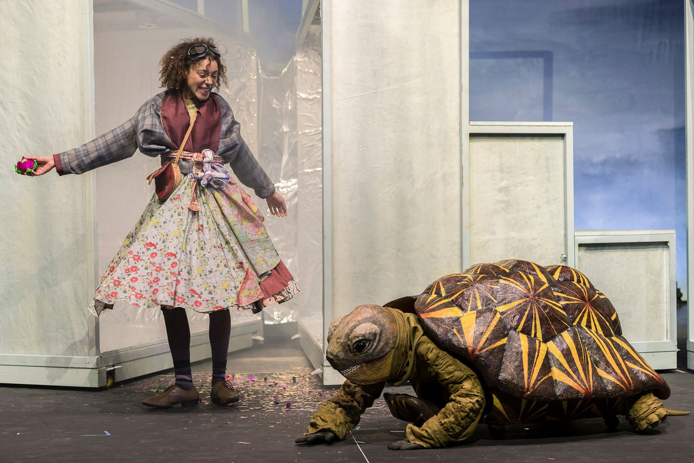 Bildergebnis für Momo Stadttheater Augsburg